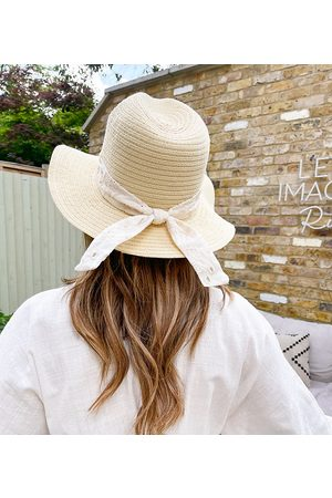 Labelrail X Collyer Twins wide brim sun hat with strap in broderie-White