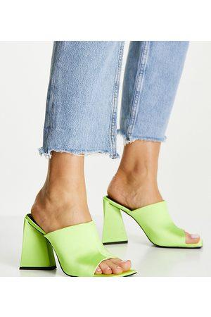 ASOS Ženy S otevřenou špičkou - Wide Fit Nyla heeled mules in lime-Green