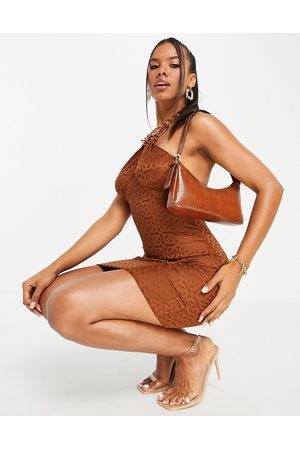 ASOS Ženy Na párty - Halter chain mini dress in chocolate jacquard-Brown