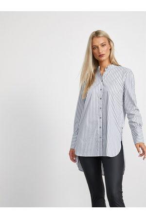 METROOPOLIS Šedo- dámská pruhovaná dlouhá košile Maci