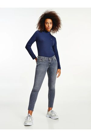 Tommy Jeans Ženy Kalhoty - Dámské světle šedé džíny SOPHIE
