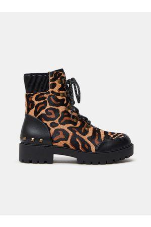 Desigual Hnědé dámské kožené kotníkové boty s leopardím vzorem Biker Leopard