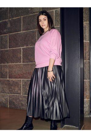 Carmakoma Černá plisovaná midi sukně Lina