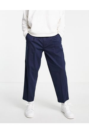 Levis Muži Chino - Levi's loose cropped chinos in navy