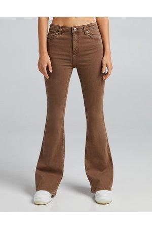 Bershka Ženy S vysokým pasem - Flare jean in brown