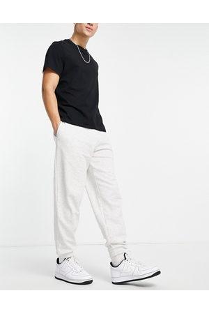 New Look Muži Tepláky - Oversized joggers in grey