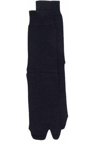 Maison Margiela Ženy Ponožky - Tabi-toe rib-knitted socks