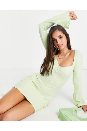 ASOS Ženy Volnočasové - Ribbed long sleeve square neck mini dress in light green