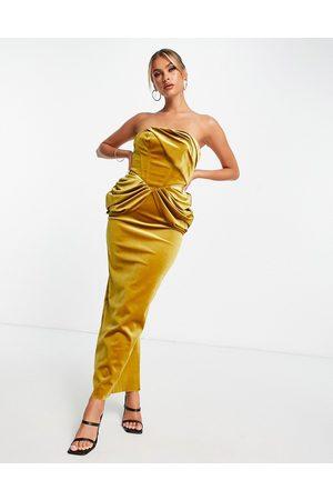 ASOS Ženy Bez ramínek - Velvet bandeau drape midaxi dress in gold