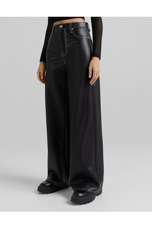 Bershka Wide leg faux leather dad trouser with contrast seam in black