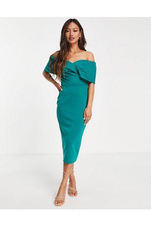 True Violet Ženy Přiléhavé - Off shoulder bodycon midi dress in emerald green