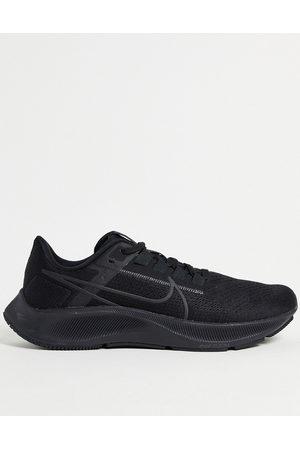 Nike Muži Sportovní boty - Air Zoom Pegasus 38 trainers in black