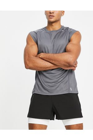ASOS Training t-shirt with cap sleeve and seam details-Grey