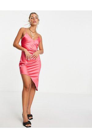 Flounce London Ženy Asymetrické - Asymmetric satin midi slip dress in pink-Green