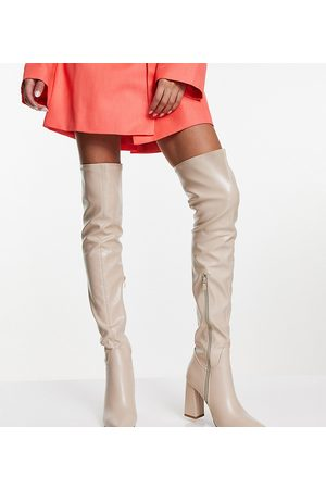Truffle Collection Ženy Nad kolena - Wide fit thigh high heeled boots in cream-White