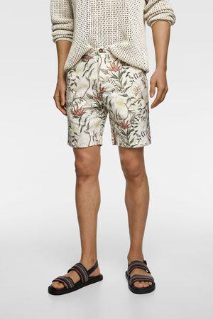 Zara Rustikální bermudy s květinovým potiskem
