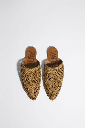 Zara Plochá obuv typu papuče přírodní barvy