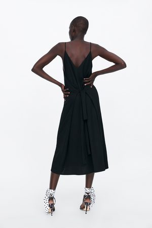 Zara šaty na ramínka s páskem
