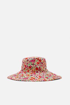 Zara Klobouk bucket hat s potiskem