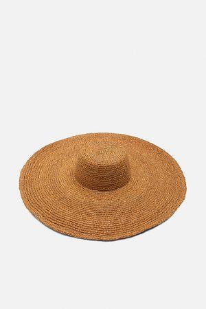 Zara Velký klobouk ze speciální edice
