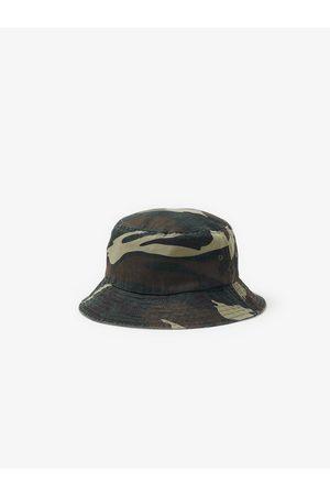 Zara čepice styl bob marley s potiskem kamufláže