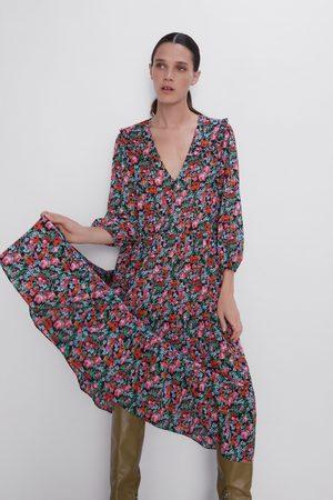 Zara šaty s květinovým potiskem