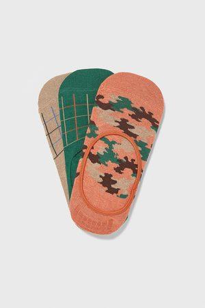 Zara Sada neviditelných ponožek